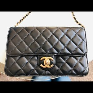CHANEL Bags - Authentic Chanel crossbody